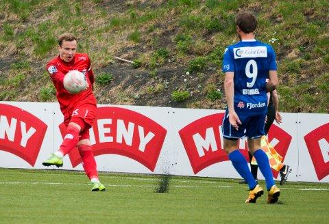 UTLIGNET: Mats Holt satte inn 2-2-målet som sikret FK Tønsberg et fortjent poeng mot Lyn på Bislett søndag kveld.