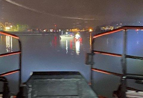 FAST: En båt hadde satt seg fast på en grunne utenfor Træla mellom Oslofjorden og Nøtterøy.