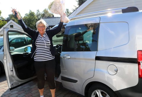 «BRØDDAMA»: I 2017 ble Marion Klevstad deres Hjertesak. Marion skrev i søknaden sin at hun kunne trenge en varebil for å hente og distribuere all maten hun deler ut til rundt 40 rusmisbrukere i Vestfold. Hun fikk en helt ny varebil, sammen med et dieselkort uten begrensning, gjeldende ut 2019. Bedriften får stadig oppdateringer på hvor mye varebilen har hjulpet henne med dette arbeidet.