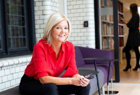 –  Å jobbe som toppleder er en livsstil, sier Nina Riibe.
