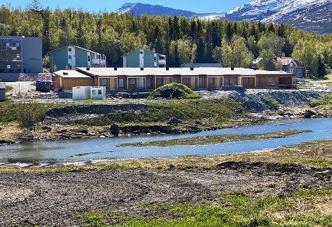 Skal fullføres: Når det er antatt anbud skal arbeidet med å fullføre byggingen av omsorgsboligene i Leinesfjord igangsettes.