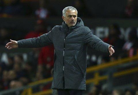 United-manager Jose Mourinho vet at Europaligaen er klubbens mulighet til å sikre en plass i Mesterligaen neste sesong.