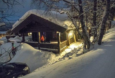 I denne hytten utenfor Geilo sentrum festet russen natt til fredag. Det likte hytteeieren dårlig. Nå vil han ikke lenger leie ut til russen.