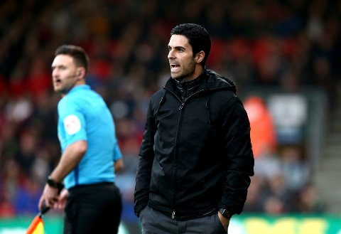 Arsenal manager Mikel Arteta shouts instructions during their English Premier League soccer match against AFC Bournemouth at the Vitality Stadium, Bournemouth, England, Thursday, Dec. 26, 2019. (Mark Kerton/PA via AP)