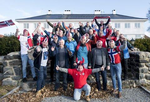 Klassegjeng: Både Håvard Lorentzen og Sverre Lunde Pedersen har slitt i vinter, uten at det ødelegger humøret til denne gjengen! Os Travel                                   samler over hundre lokale supportere på tribunen i helgens skøyte-VM i Hamar, og de har stor tro på minst en lokal medalje hjem til Os og Bergen.
