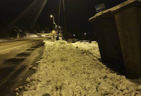 Snøhaugen var 25 centimeter høy, anslår Bakken-Simsø.