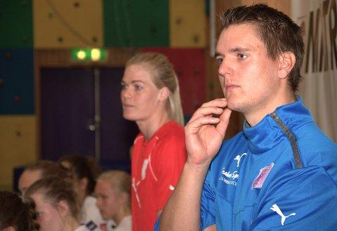 ILDDÅP:  Espen Rødevand (t.h.) Glassverkets nye trener, får fort kjenne på eliteserienivået når Vipers kommer på besøk i serieåpningen 3. september.