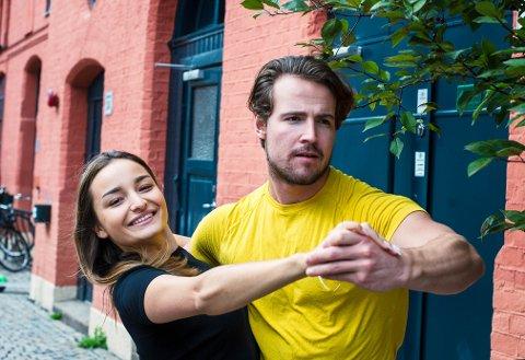 MÅTTE FORLATE KONKURRANSEN: Drammenser og proffdanser Maria Lie Ramella (24) og Øystein Lihaug Solberg (24) var det første paret som måtte forlate «Skal vi danse».