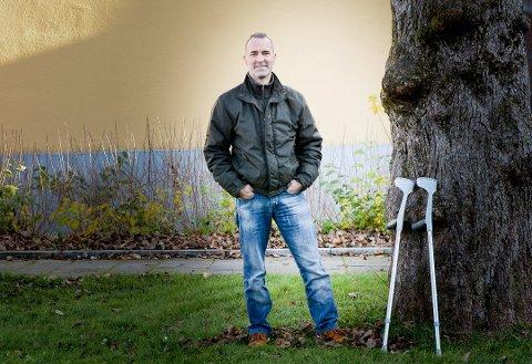 Thomas Anker Iversen (44) syns det var grusomt å se kompisen ligge helt stille etter krasjen.