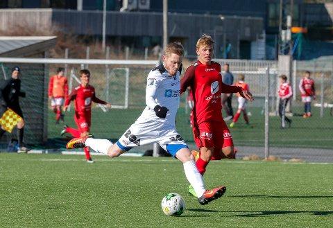 VIKTIG: Andreas Ulland Andersen blir bokstavelig talt en sentral spiller i årets Vard-lag.