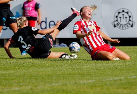 BLIR SAVNET: Anna Jøsendals lyskeskade er forverret. Hun spiller ikke de to neste kampene. Sesongen kan være over for Avaldsnes-profilen.