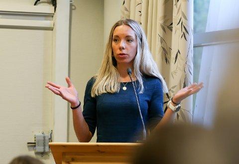 NEI: Kine Mosheim-Lysfjord (VTP) og flertallet av politikerne i Vefsn sa onsdag klart nei til parkeringsavgift i Mosjøen sentrum.