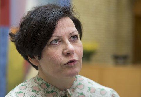 TA ANSVAR ELLER GJØR OM:  Leder Helga Pedersen i Tana Ap mener regjeringen enten må ta ansvar for og sørge for en balansert løsning på tvangssammenslåingen, eller foreslå for Stortinget å omgjøre det omstridte vedtaket.