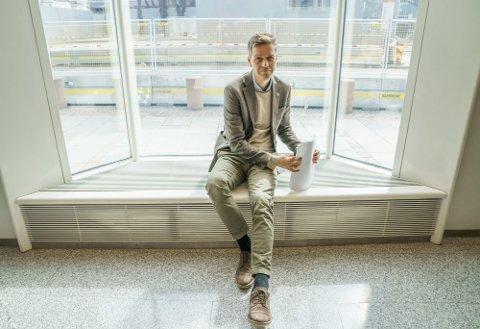 Samferdselsminister Knut Arild Hareide (KrF) kan ikke garantere at alle samband blir kuttet like mye, da det på fylkesveisambandene er fylkene som bestemmer. Foto: Torstein Bøe / NTB Foto: Torstein Bøe