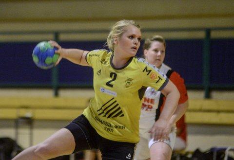Lei: Ida Eikeland, veteranen på Kragerøs damelag, er lei av at man ikke kan spille ordentlig håndball enda.