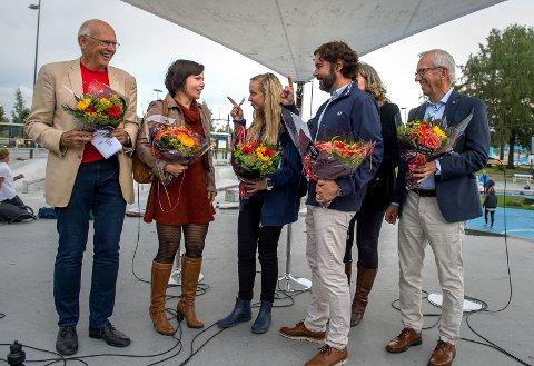 BYDEBATT:  Sanna Sarromaa (nummer to fra venstre) deltok på den store bydebatten i Gjøvik for to år siden. Her sammen med sine meddebattanter Bjørn Iddberg, Silje Johansen, Sigmund Hagen, Hilde Svae og Jørn Wroldsen.