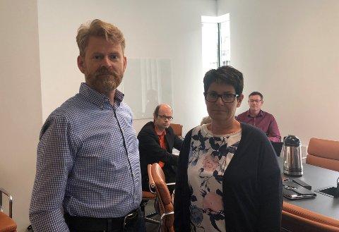 ORIENTERING: Leder Roar Løken Lunder og resten av kontrollutvalget er fornøyd med svarene fungerende skolesjef Hilde Dahl Lønstad så langt har gitt om mobbing og rutiner i Gjøvik kommune.