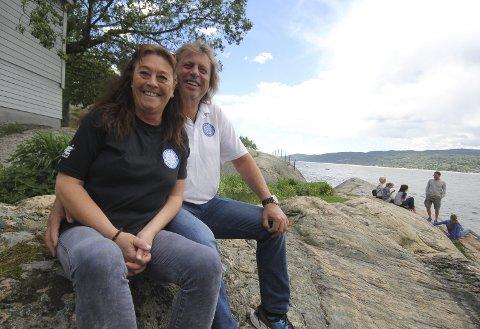 FRIVILLIG OG GLAD: Heidi og Bjørn gir det frivillige arbeidet «skylda» for at hverdagene ble bra i Drøbak. – Tilfredshetskurven har gått litt opp hver dag siden vi flyttet, forteller Bjørn.