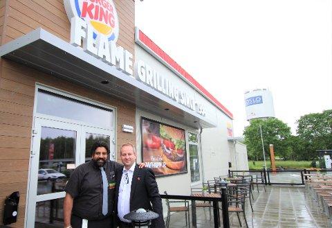 DET FØRSTE ÅRET: Restaurantsjef Vishal Gill har holdt Burger King Nord åpent i et år. Her fra åpningen i fjor 21. juni.