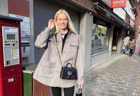 FÅR VERKEN SYKEPENGER ELLER DAGPENGER: Fordi hun er student og ble permittert noen dager før sykemeldingen, får ikke Christina Smogeli Lundsten (24) utybetalt verken dagpenger eller sykepenger.
