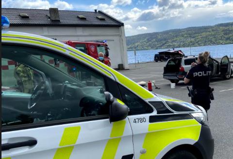 BILBRANN: Nødetatene rykket ut til en bilbrann i Drøbak torsdag ettermiddag.
