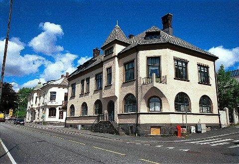 JUGENDSTIL  En del av murgårdene som ble reist etter brannen i Bøkelia og nedre del av Kongegata i 1902 er preget av jugendtiden, om enn ikke med samme sjenerøsitet og i samme omfang som etter Ålesund-brannen halvannet år senere.