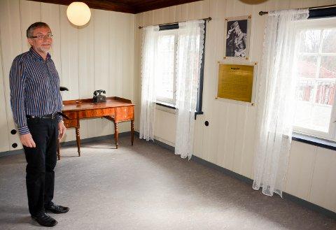 KONTORET: I dette rommet møtte Kong Haakon Brauer den 10. april 1940. Her er en infotavle satt opp.
