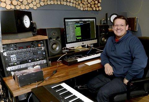 GLEDER SEG: – Jeg venter spent på alle bidragene og gleder meg til å høre mange nye stemmer, sier Carl-Henrik Wahl.