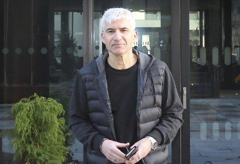 TENKER MILJØ: Hotelldirektør Teo K. Luisa understreker at de ansatte ved hotellet setter miljøet i fokus.