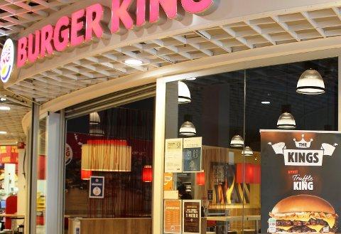 Det ble rapportert om avvik i smittevernet ved smittevernkontroll hos Burger King Brotorvet.