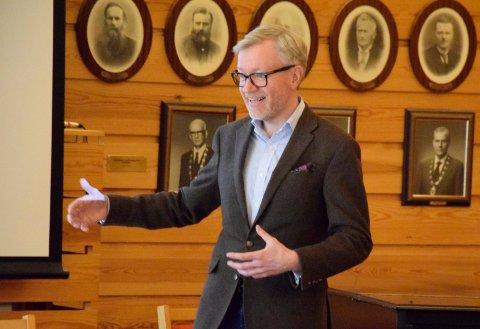 BRUKER: Rådmann Torger Ødegaard vil betale for hver bruker av voksenopplæringen i Hønefoss, og ikke etter innbyggertallet.