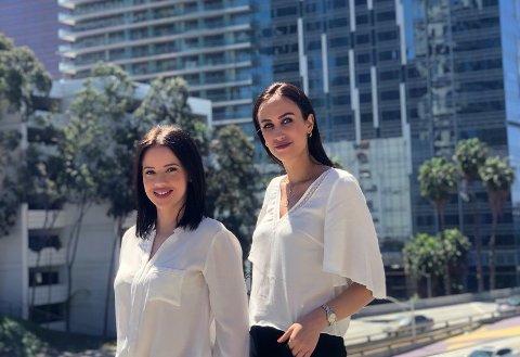GRÜNDERE: Barndomsvenninen Marita Richardsen (t.v.) og Anne Zoumblios satser på salg i USA. Med kinaimporterte varer til amerikanske butikk-kjeder nærmer de seg 10 millioner i provisjonsinntekter. (Foto: Oracle Global Group)