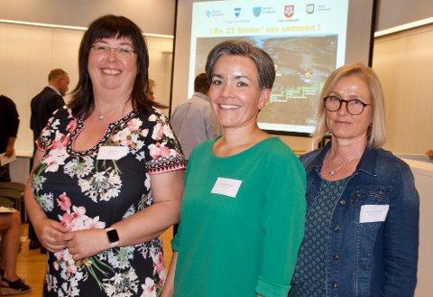 Fra venstre prosjektdirektør Ingunn Foss (SVV), ordfører i Lier Gunn Cecilie Ringdal og Anne Grethe Nordahl, prosjektleder i SVV.