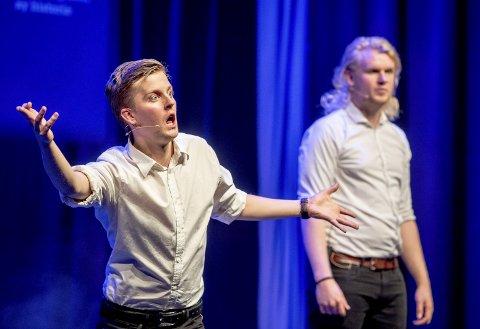 ISÆRP: Philip Bøckman og Patrick Stenseth står bak jubileumsrevyen i desember.