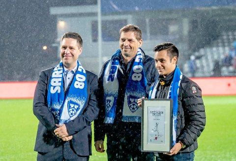 Adrian Hansen ble kåret til årets unge spiller i Sarpsborg 08 under eliteseriekampen mellom Sarpsborg 08 og Sandefjord i november i fjor. Nå er han klar for spill i FFK-drakt.