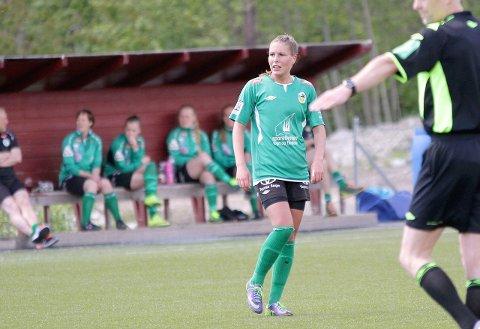 FOTBALLPROFF: Vårin Ness reiste frå Kaupanger til fotballspel i Italia i fjor.
