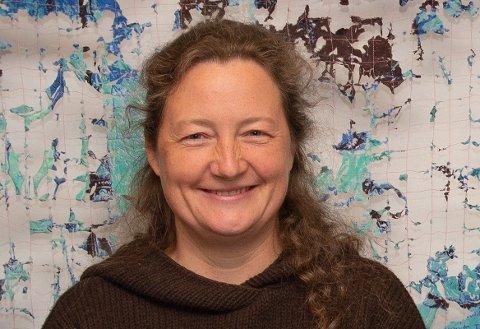 FORSKAR: Valeria Schwanitz er ein av tre forskarar i Sogndal ved Høgskulen på Vestlandet som skal arbeida med å gjera  forsking knytta til fornybar energi meir tilgjengeleg for folk flest.