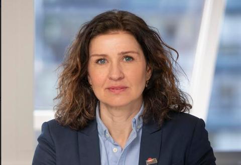 Direktør i NAV Rogaland, Merethe P. Haftorsen sier man ikke skal oppsøke sitt lokale NAV-kontor, men bruke nettsiden.