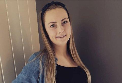 FØRSTEGONGSFØDANDE: Hannelise Fiskå Edland fortel at koronasituasjonen har skapt uro og usikkerheit rundt korleis det blir å føda for første gong.