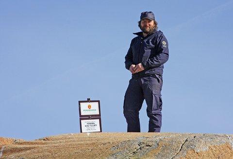 PASSER PÅ: Statens naturoppsyn kan ha kontroller for å påse at ingen bryter ferdselsforbudet mellom 15. april og 15. juli. Foto: Statens naturoppsyn