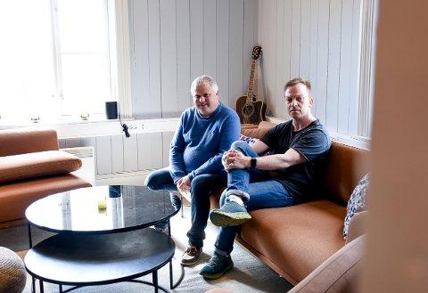 FORBEREDT:Daglig leder Ole Christian Mørk (t.v) og kommunikasjonsansvarlig Jøran Kristensen i Stavernfestivalen.