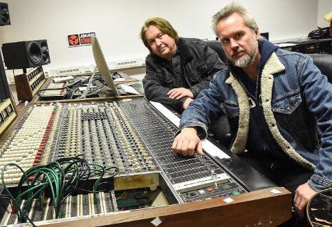Bård Gunnar Moe og Morten Omlid i Juke Joint Studio