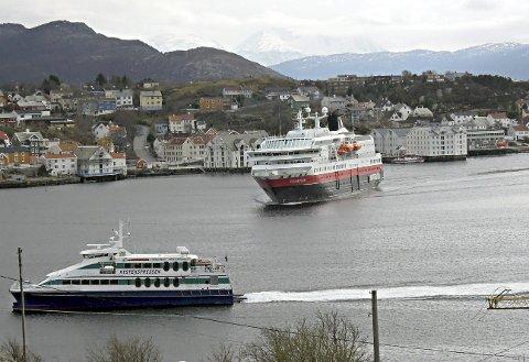 Havnestriden: NHO Sjøfart, Kystrederiene og Norges Rederiforbund skriver nå brev til Ketil Solvik-Olsen på bakgrunn av havnestriden i Kristiansund. De mener han bør styrke tilsynet med havneselskapene.