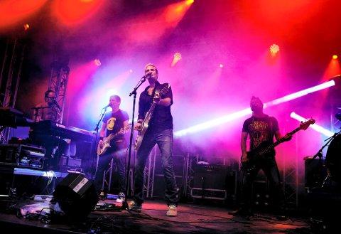 TRADISJON: Konserten med Postgirobygget har blitt en sommertradisjon i Foynhagen på Brygga i Tønsberg.