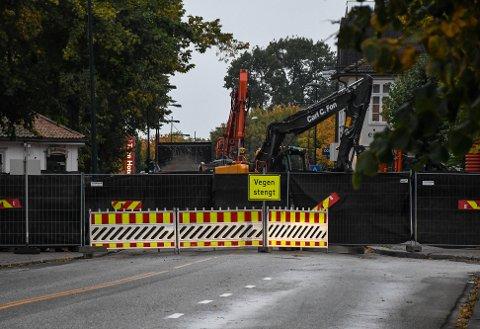 NY ASFALT: Nedre Langgate skal stenges igjen til uka for fresing og asfaltering.