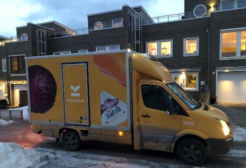 SISTUKE:Bil fra Kolonial.no kjører ut dagligvarer i Kruttverket.