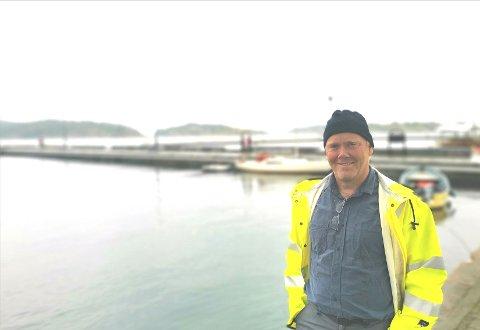 Avdelingsleder for tekniske tjenester i kommunen, Odd Arne Børset, forteller at trafikksikkerheten rundt skolen på Viddefjell er til vurdering, og at lysanlegget er modent for utskifting.