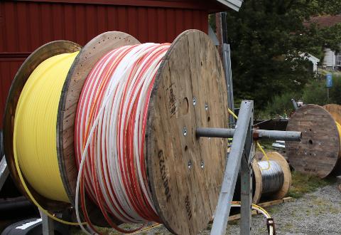 FINER: Hidra, Abelnes og Andabeløy får bredbånd i høst. I 2021 er det Gyland sin tur.