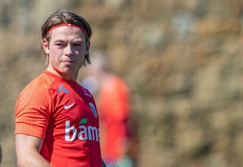 Patrick Berg er stolt over å ha fått debuten på landslaget borte mot Gibraltar. Han er naturlig nok også stolt over å bli tredje generasjon fra samme familie som spiller på det norske herrelandslaget i fotball. Sånt finner man ikke i mange nasjoner rundt om i verden.