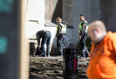 Annette Svae i Foreningen for human narkotikapollitikk mener Arbeiderpariet bør gå inn for å avkriminalisere bruk og besittelse av brukerdoser. Fra Vågsbunnen i Bergen.